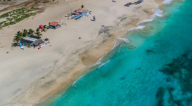 On the beach: Tropical Bar